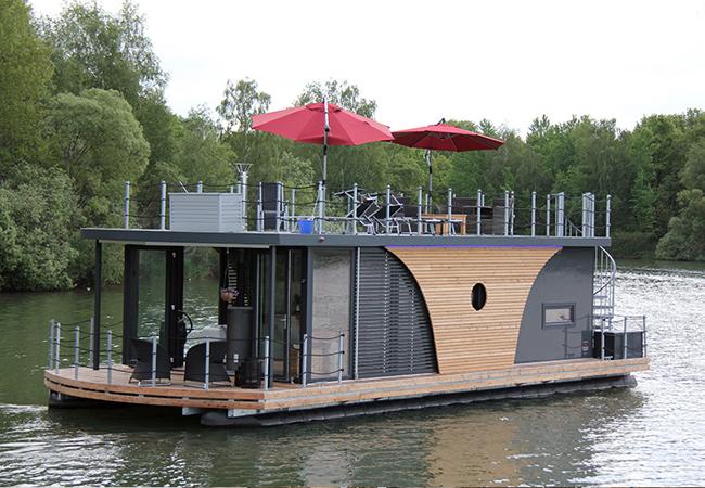 Houseboat Nautilus